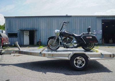 Needmore trailers - Harley Davidson in Tow